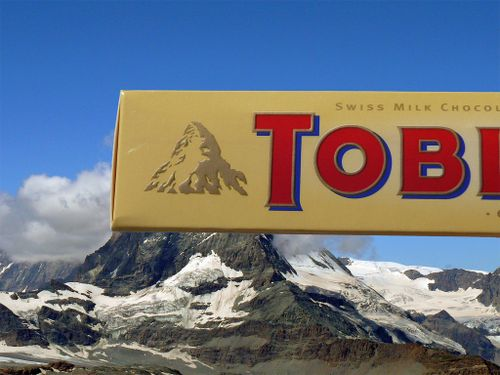 Toblerone logo with hiddeen bear